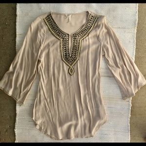 NWOT soieblu boho tunic top with keyhole